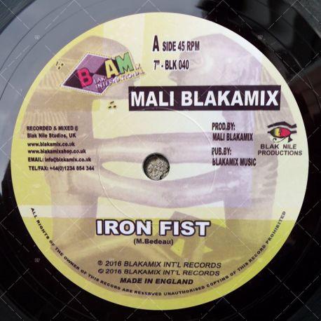 Mali Blakamix - Iron Fist